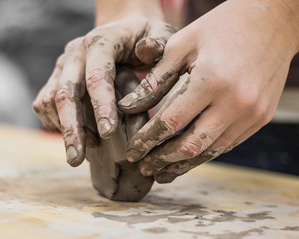 creatieve vakanties & retraites - Ben je toe aan een korte vakantie die je creatieve energie geeft? Een paar dagen uit je hoofd en ongestoord met je handen aan de slag?Cobo&Co organiseert creatieve vakanties rondom moderne workshops van hoge kwaliteit. Verfrissend en van deze tijd!