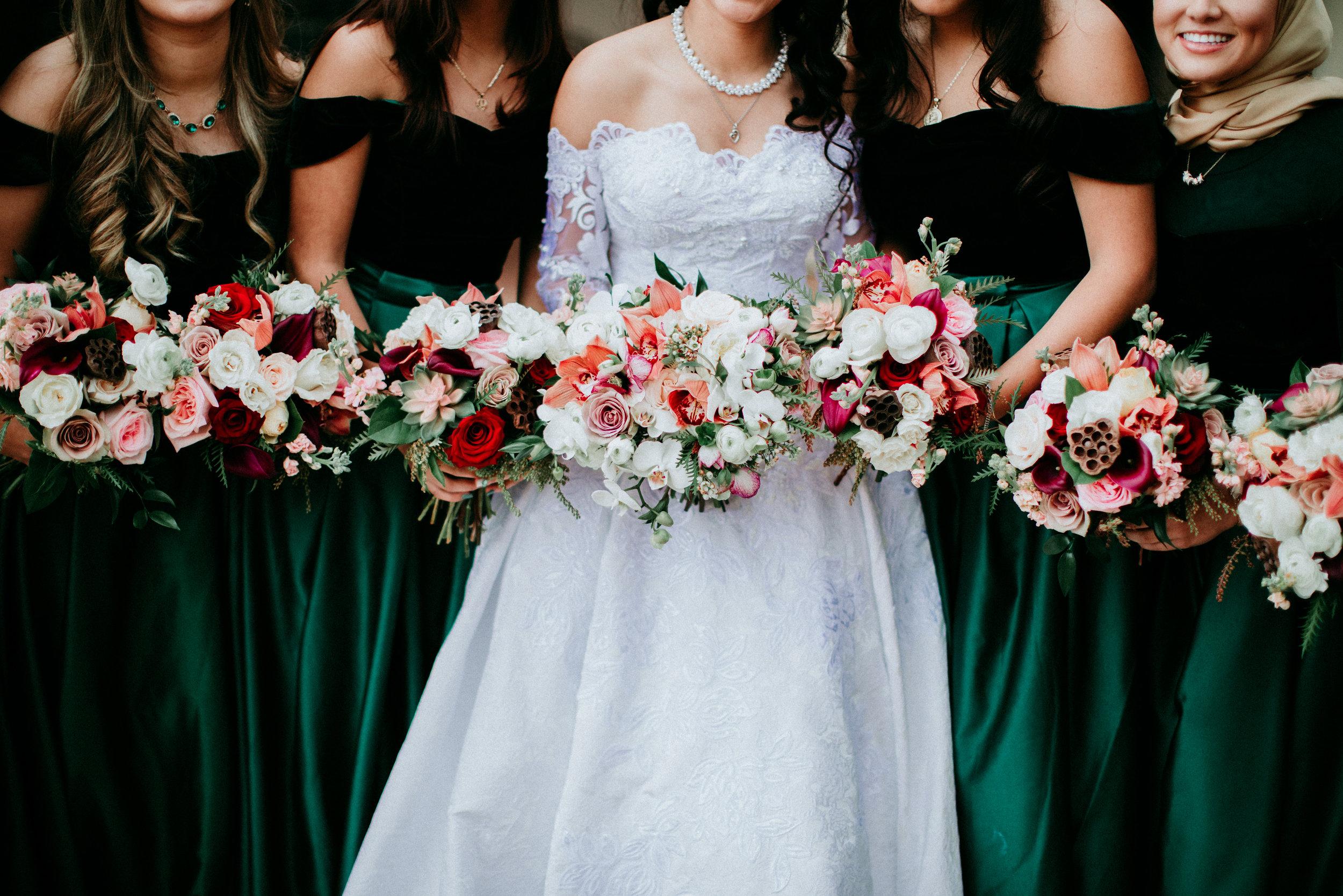 black-gold-wedding-flowers