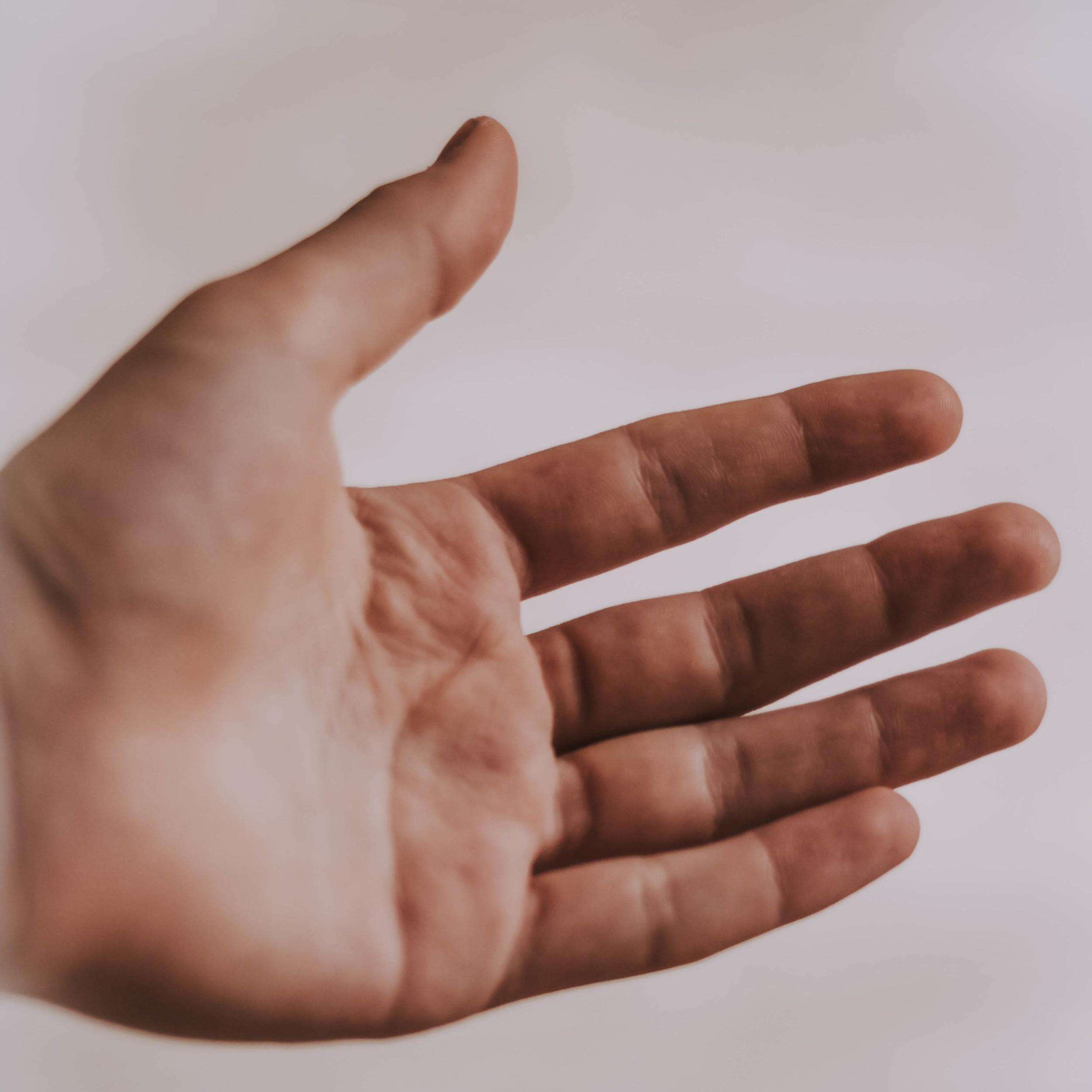 hand-reiki-healing