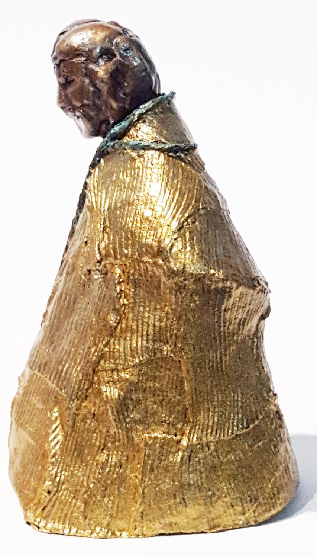 bronze figures man in gold robe lft side.jpg