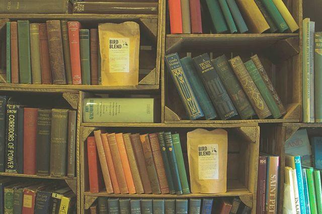 I spy some newness on the @birdandblendtea shelves 👀👀 the new Bookworm collection is out now 📚 use code AMYLEETEABIRD41 for 20% off your first order! . . AD: AFFILIATE/GIFTED #looseleaftea #loosetea #tea #subscriptionbox #teagram #tasteoftea #discountcodes #tearep #greentea #brighton #lovetea #teaholic #ilovetea #teablogger #teaaddict #teaoftheday #teablogger #girlboss #bblogger #influencer #photooftheday #recipe #lifestylebloggers #foodie #foodblogger #yum #instafood #foodporn #foodstagram #birdandblend #affiliate