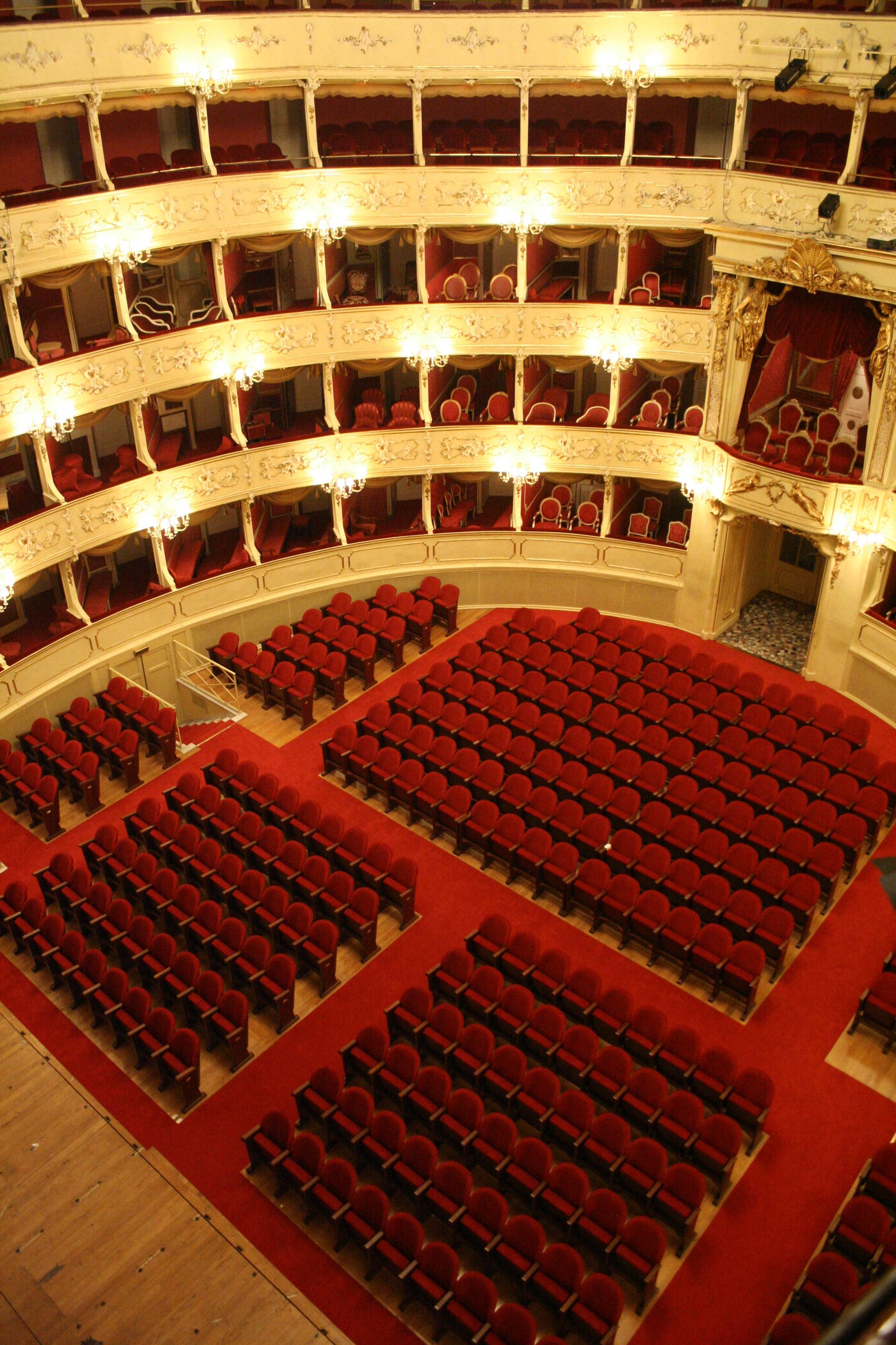 teatro 092.jpg