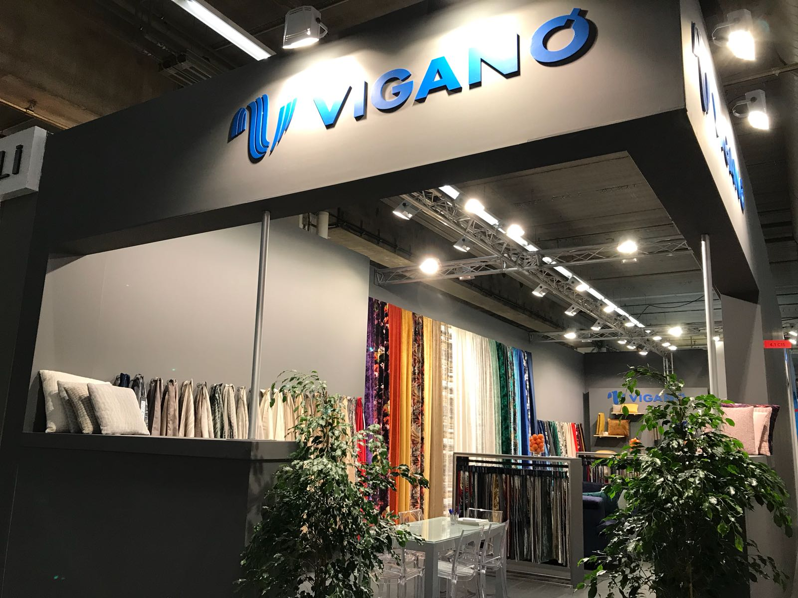 Fairs - Viganò s.p.a. exhibits in the most important textile fairs around the world.