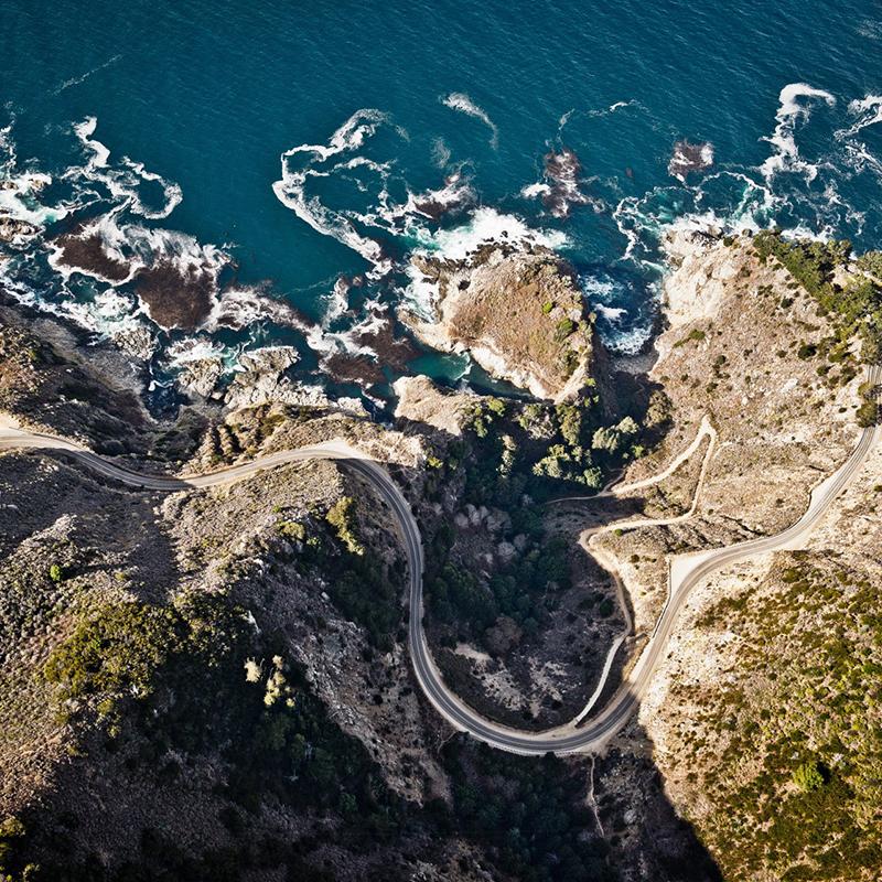Après les Alpes et la Californie (ici, la Route 1), c'est en Ecosse que Curves nous emmènera cet automne.
