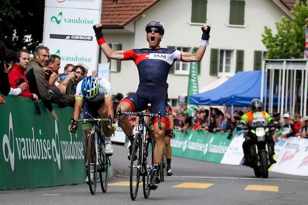 Elmiger Champion suisse sur route à Roggliswil en 2014, pour la 4ème fois.