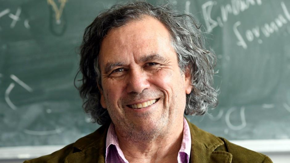 Professor-Edward-Belbruno.jpg