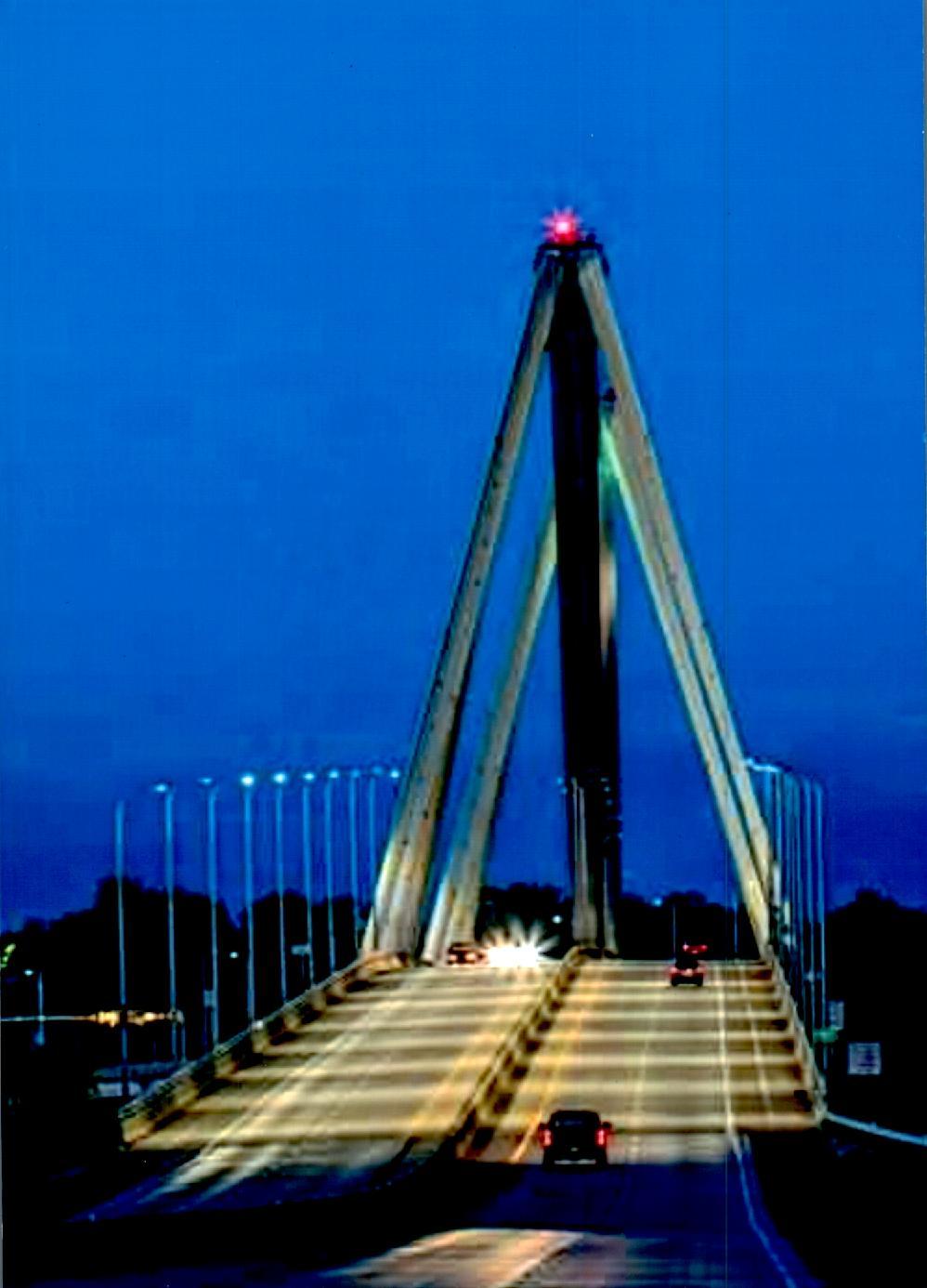 Lewis & Clark Bridge.jpg