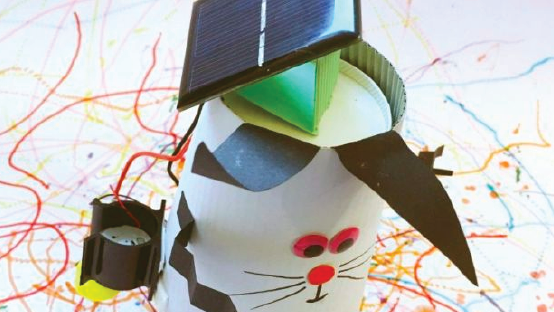 Her.ie  Cool Planet Experience will show your child how to make an Easter 'bunny bot'