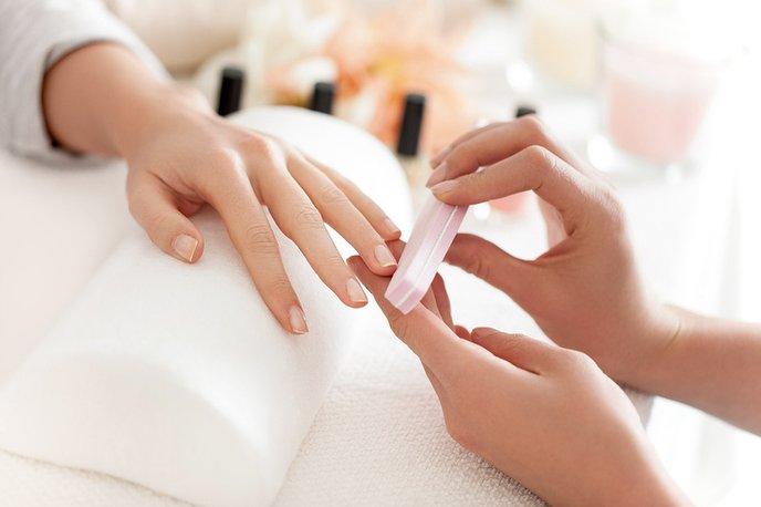 Manicure — Bisou Nail Lounge