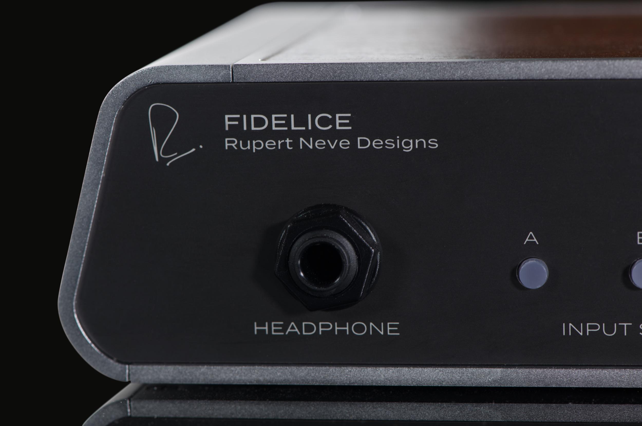 Fidelice-precision-headphone-close-left-.jpg