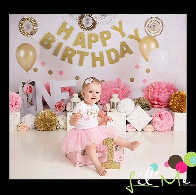 So many birthdays this month. #lilmephotography #firstbirthday #babyphotography #pinkgold #baby