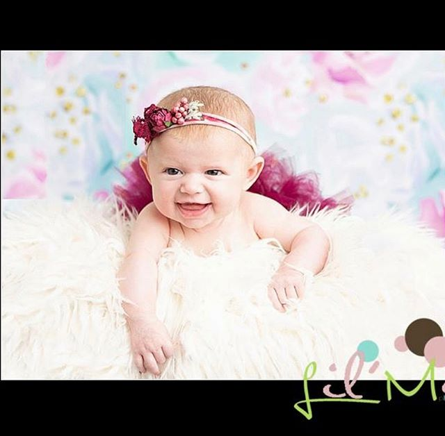 This angel face was all full of smiles. Couldn't get much cuter then this! #lilmephotography #lemontphotographer #chicagophotographer #baby #3months #babyphotographer