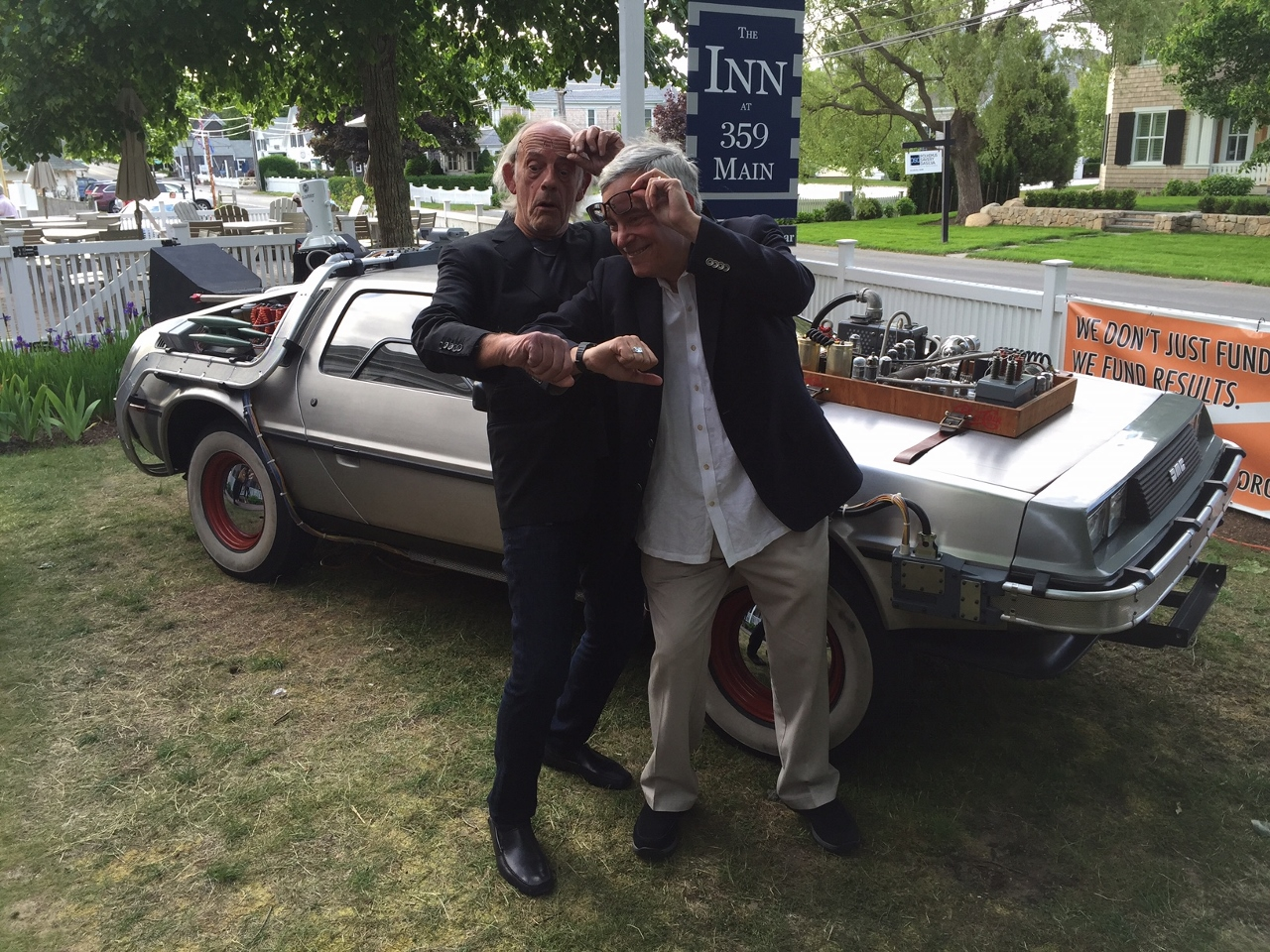 Christopher Lloyd and Bob Gale with the BTTF III DeLorean