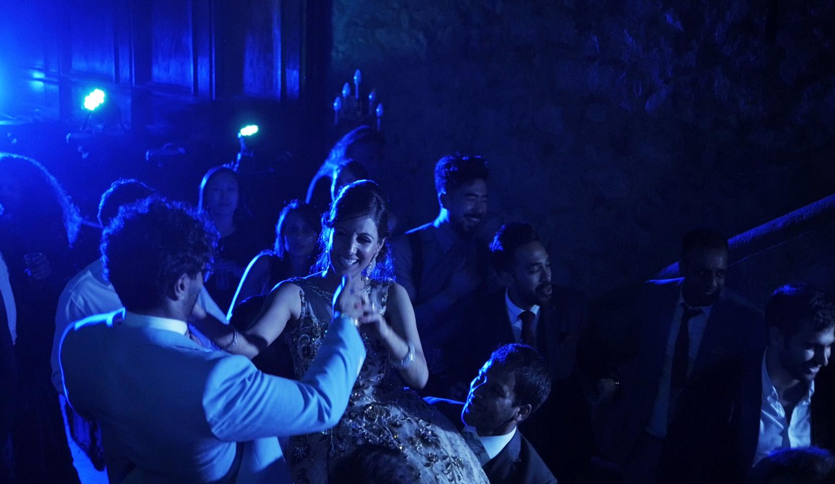 matrimonio-indiano-castello-medievale-castellammare-di-stabia-sorrento-video.jpg