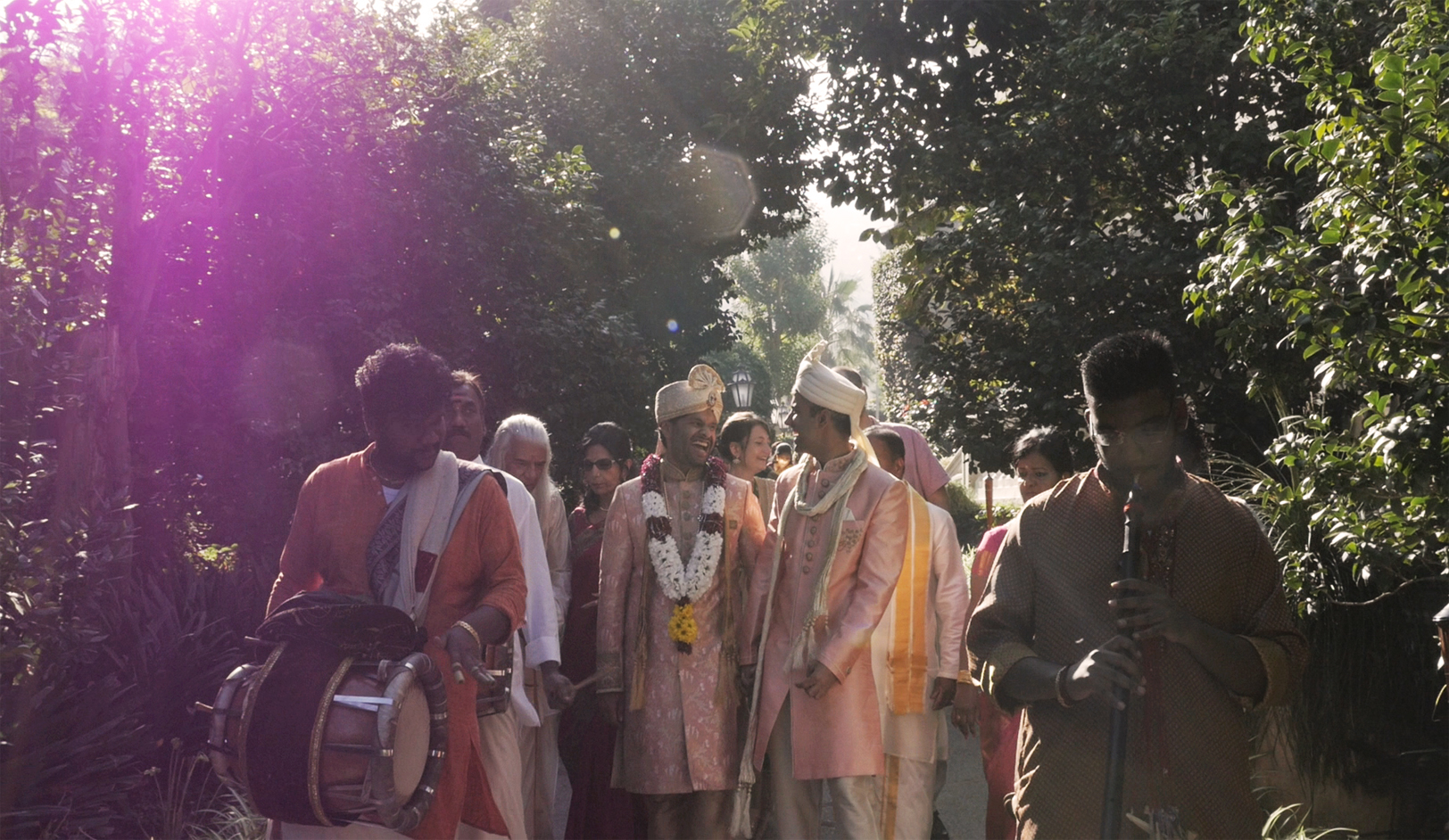 matrimonio-indiano-hotel-cocumella-amalfi-sposo.jpg