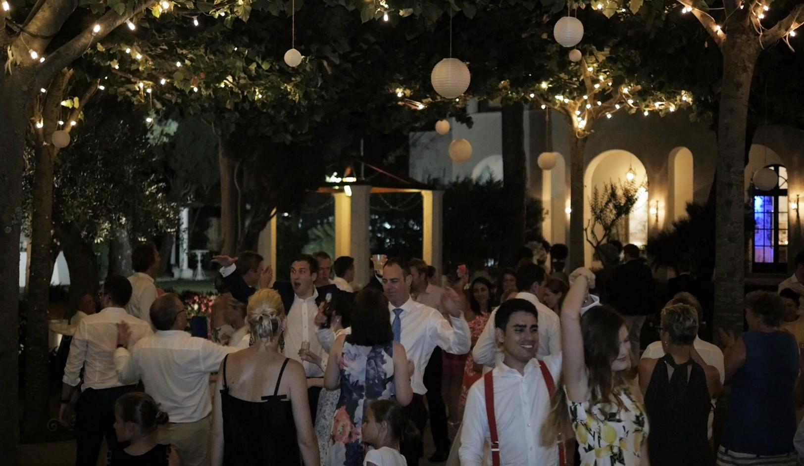 matrimonio-a-villa-eva-festa-ravello-italia-1.jpg