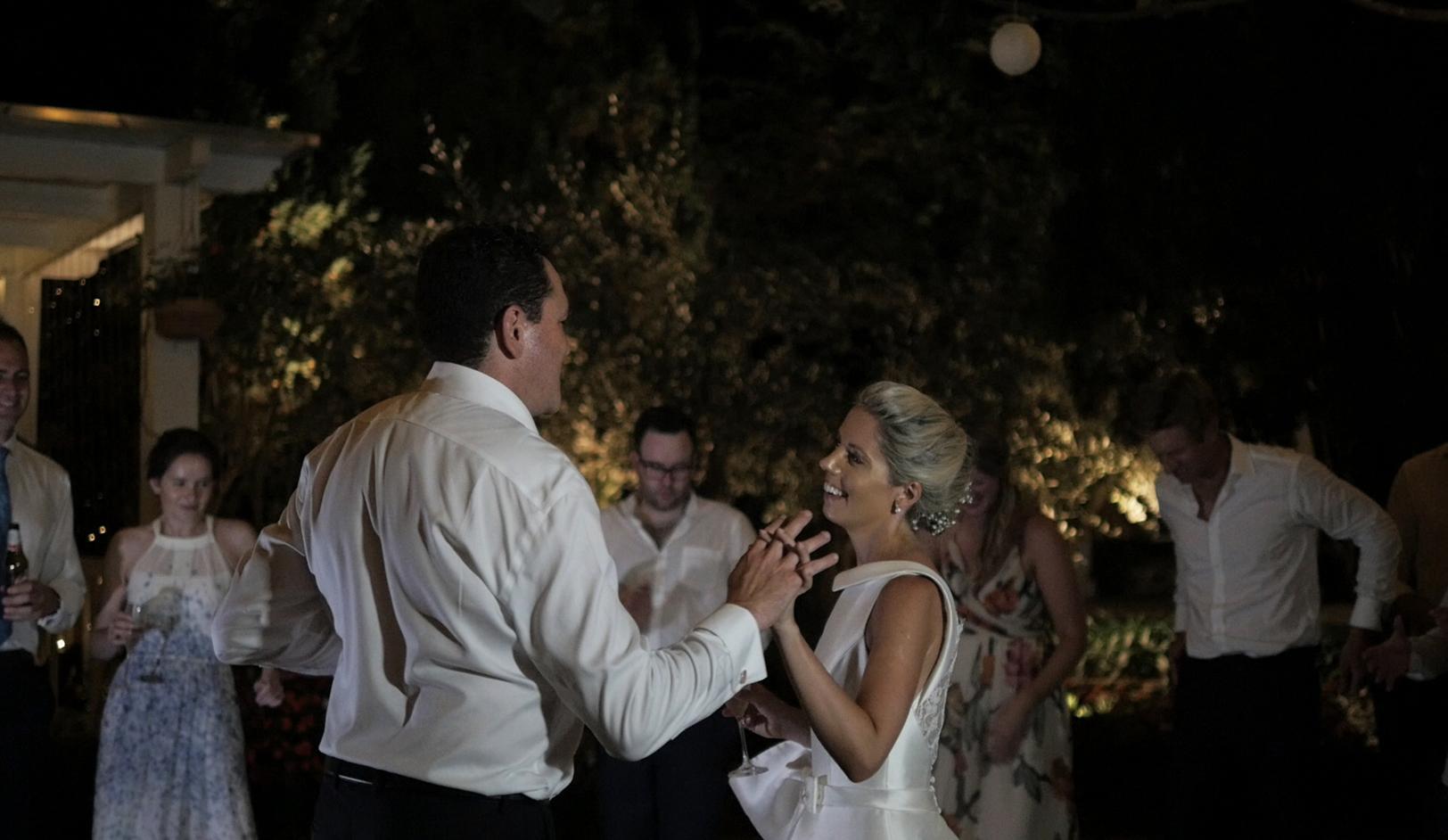 matrimonio-a-villa-eva-sposi-villa-cimbrone-ravello-italia.jpg