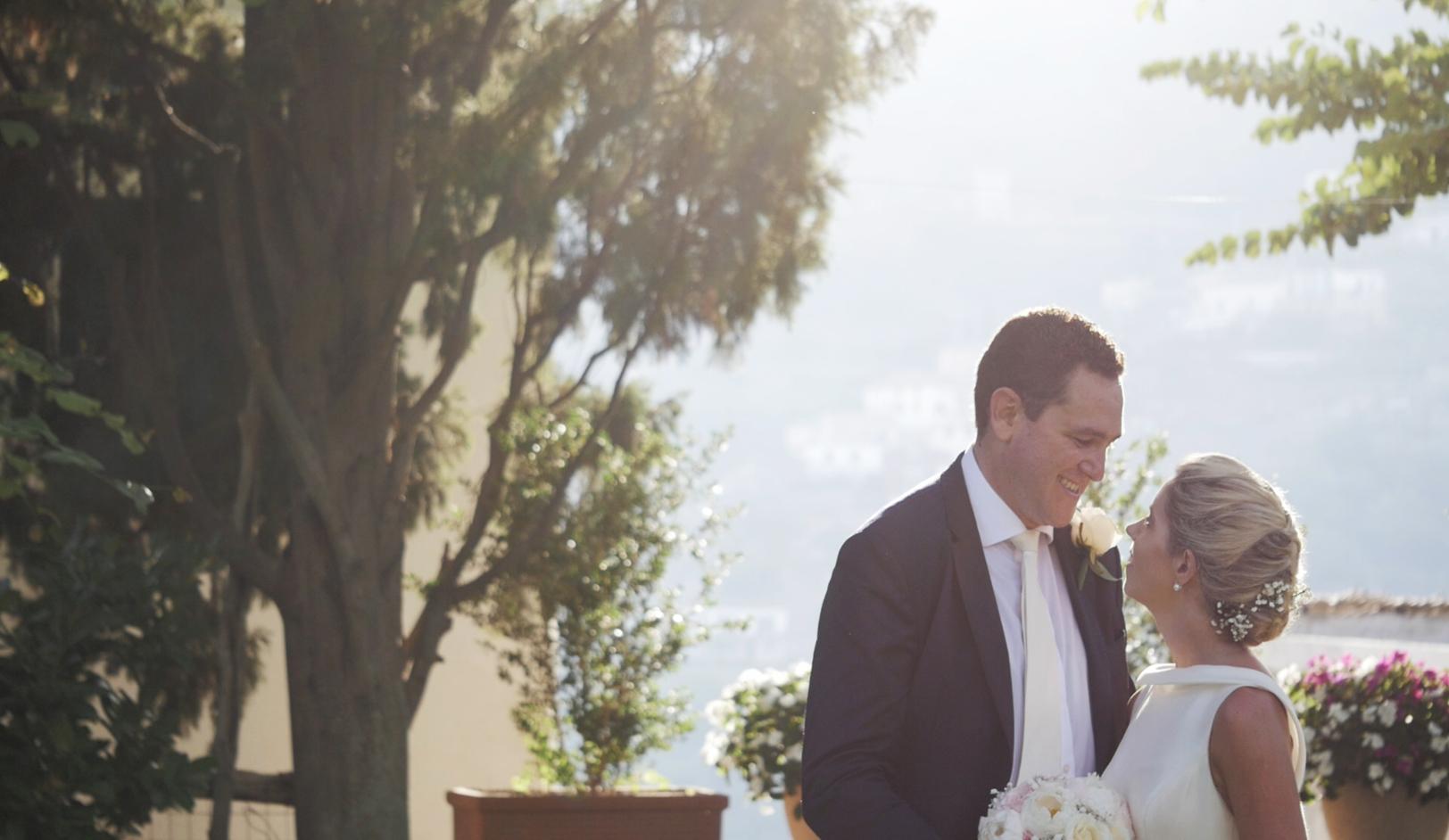 matrimonio-a-villa-eva-sposo-sposa-ravello-italia.jpg