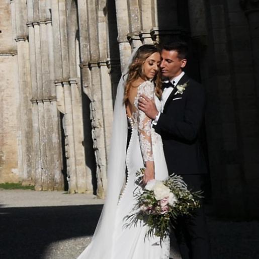 testimonial_quote_matrimonio_san_galgano_toscana.png