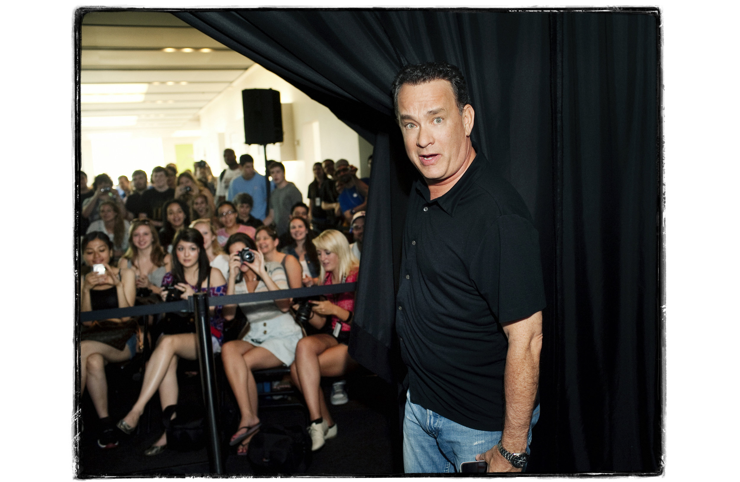 Tom Hanks2c.jpg