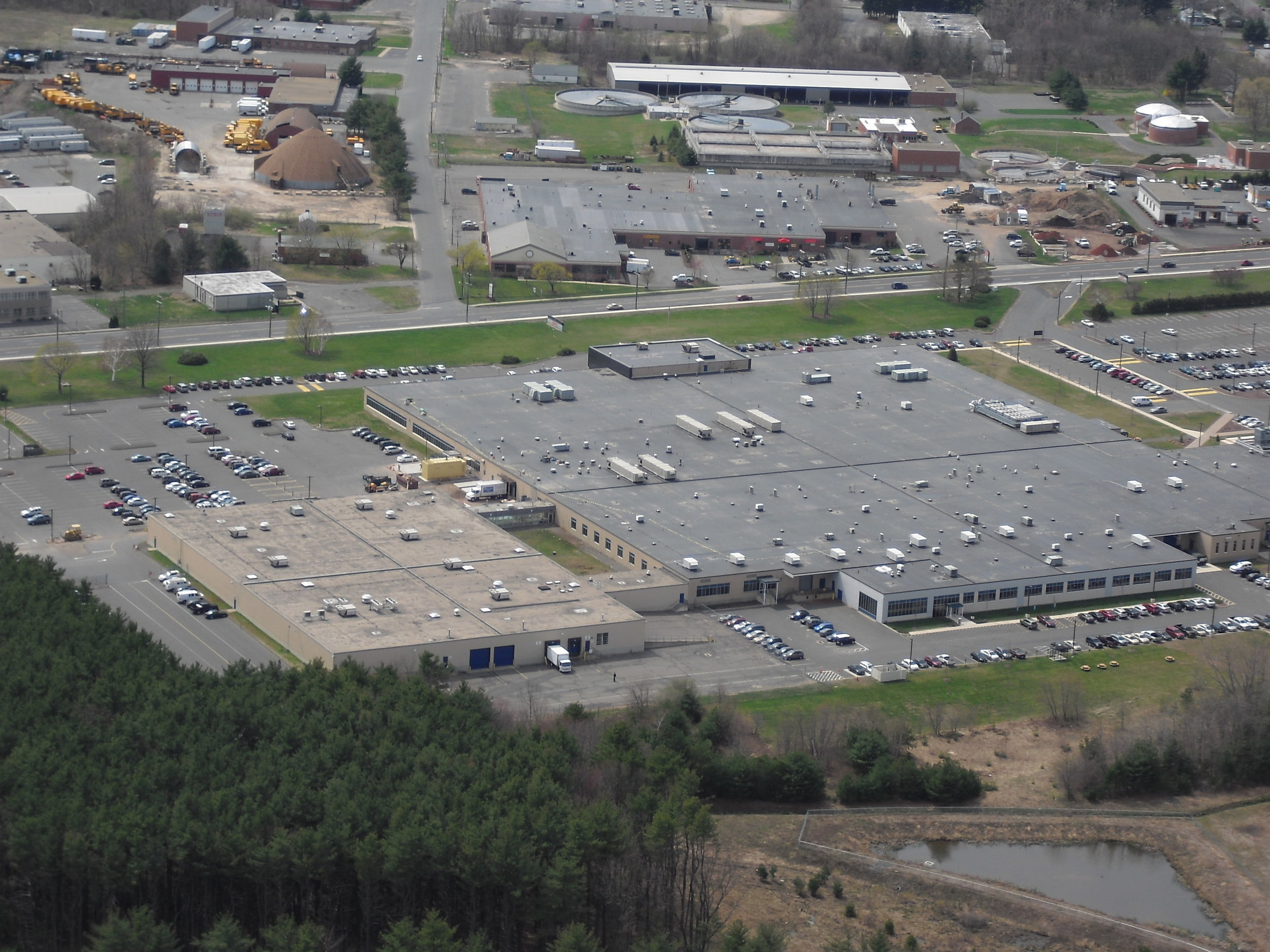 Installation of Carlisle Mechanically Attached EPDM on 40,000 square foot office building in Connecticut.