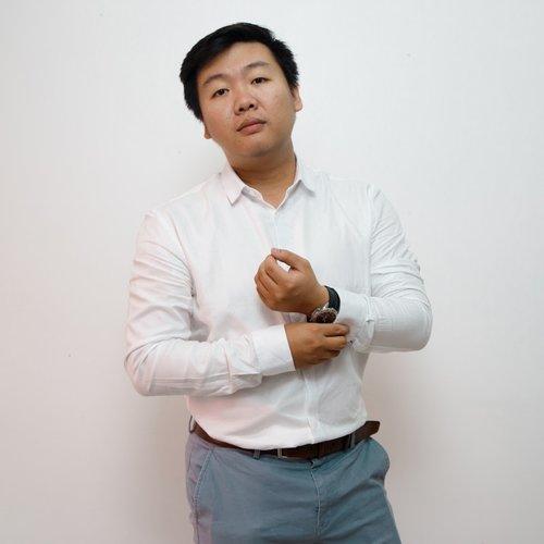 Daro Thai, Senior Graphic Designer at the Idea Consultancy