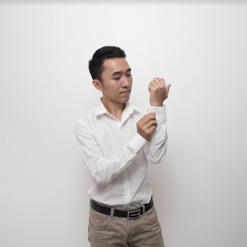 Ly Kong Heng, Graphic Designer, the Idea