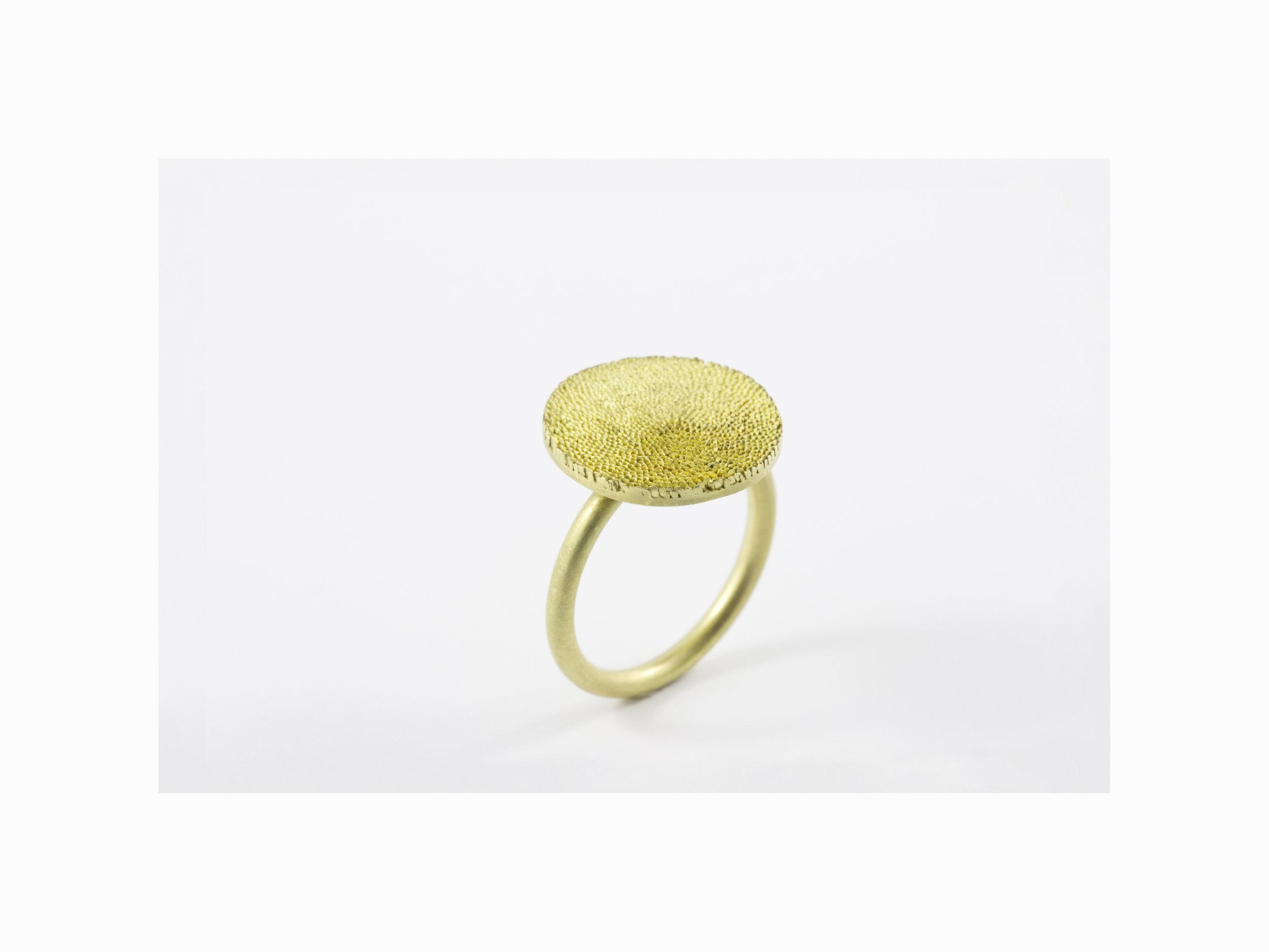 Gold+Ring.jpg