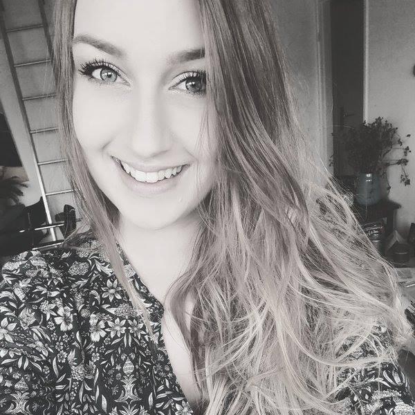 Professional Twitch Content Creator, Shanna Zwart