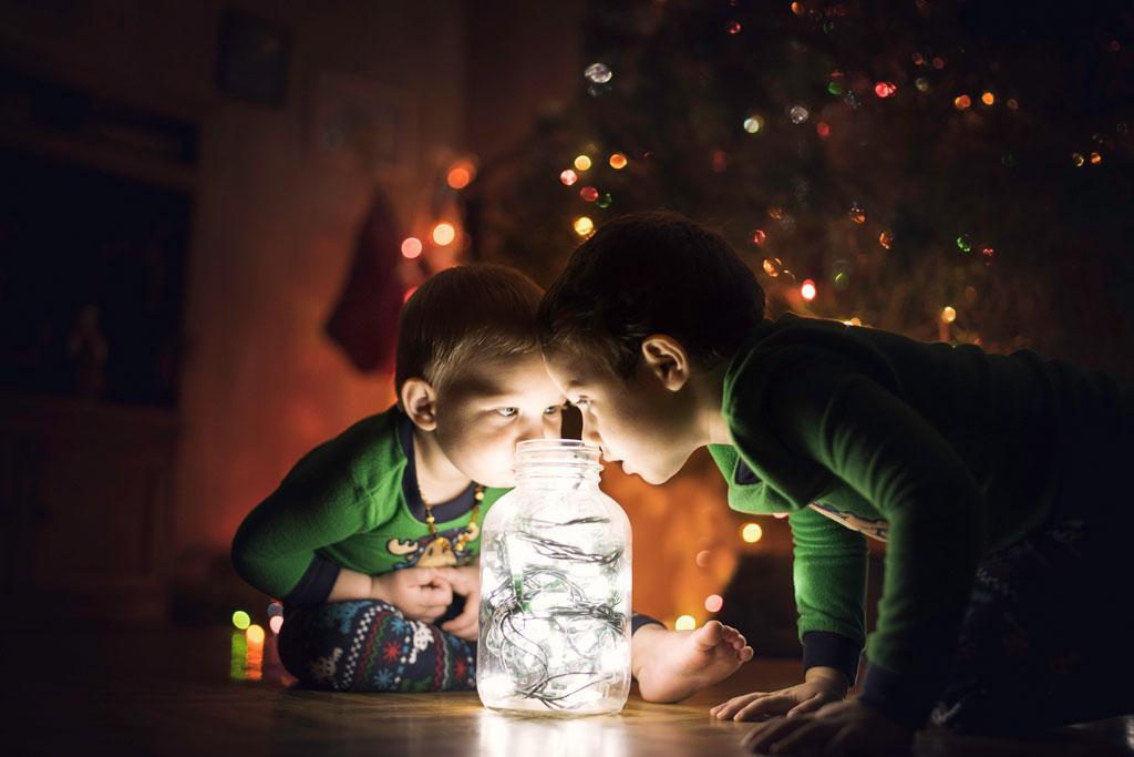 little-boys-looking-at-Christmas-lights.jpg