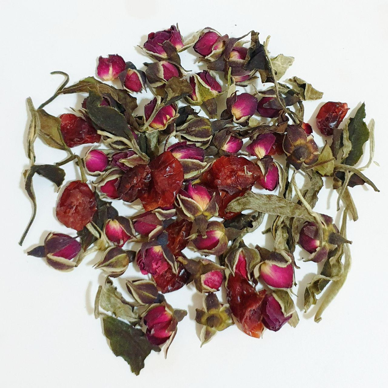 WHITE TEA COMBINES WELL WITH OTHER ANTIOXIDANT-RICH PLANTS - You can mix white tea with your favorite herb and flower to boost its flavour and antioxidant contents.