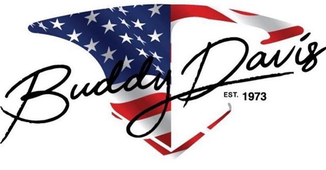 May freedom forever fly 🇺🇸 Happy 4th of July from the whole Buddy Davis Team 🇺🇸 Buddy Davis has been proudly built in the United States of America since 1973 🇺🇸 Keep sending us pictures of your Buddy hanging our nations flag🇺🇸