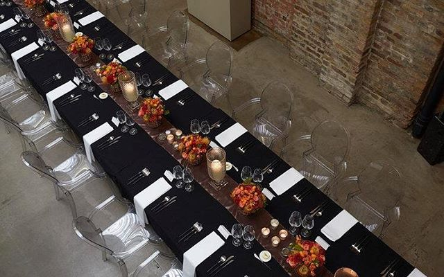 Dinner party ready with this autumnal table setting