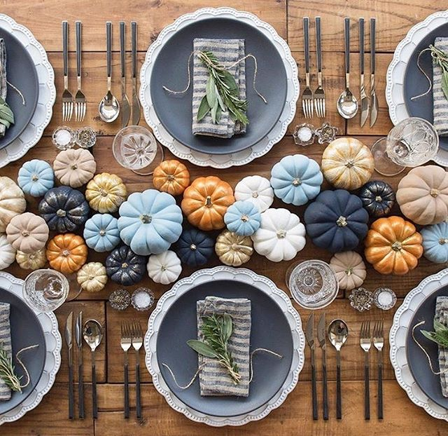 Taking inspiration from this @casadeperrin autumnal table setting for our upcoming dinner parties