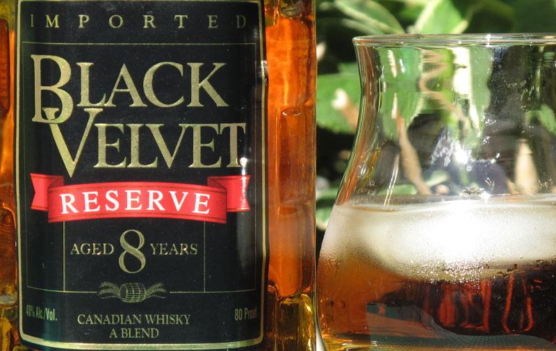 Black-Velvet-Reserve-photo-1.jpg