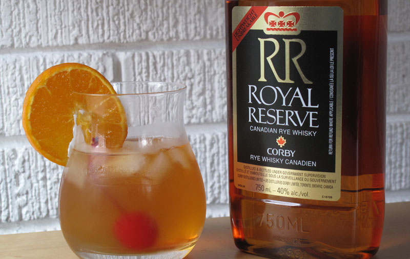 Royal-Reserve-Corby-Canadian-Whisky.jpg