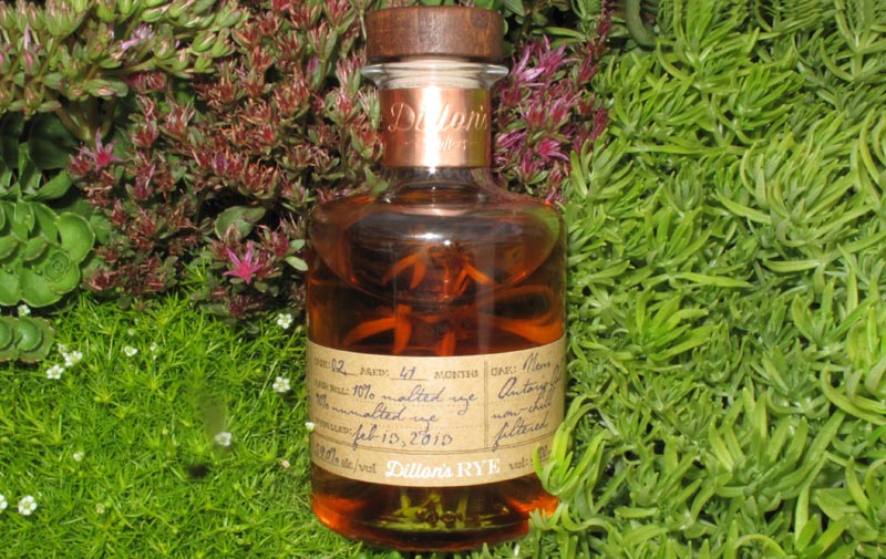 Dillons-Canadian-Rye-Whisky.jpg