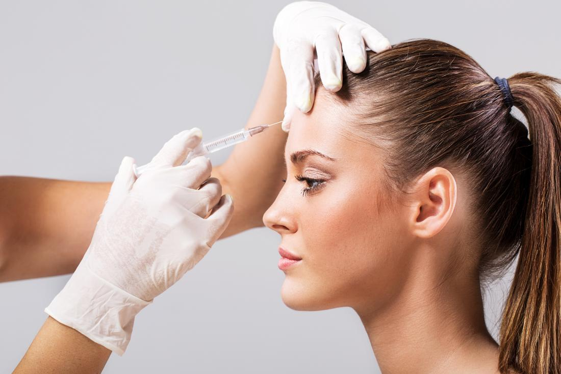 woman-having-botox-injection-on-forehead.jpg