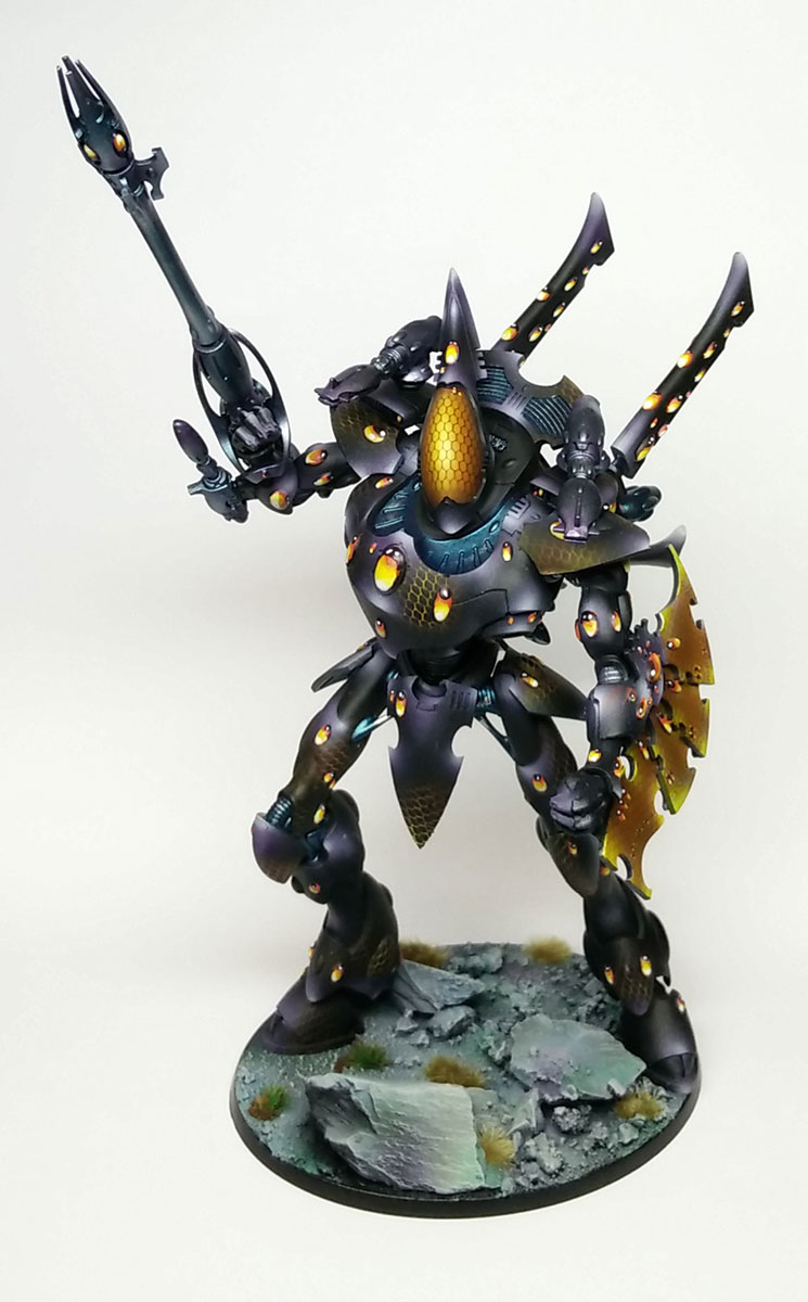 A fully magetised Eldar Wraithknight, allowing for all shoulder and arm weapon options, and with joints at the waist, head, and shoulders for all kinds of pose possibilities.