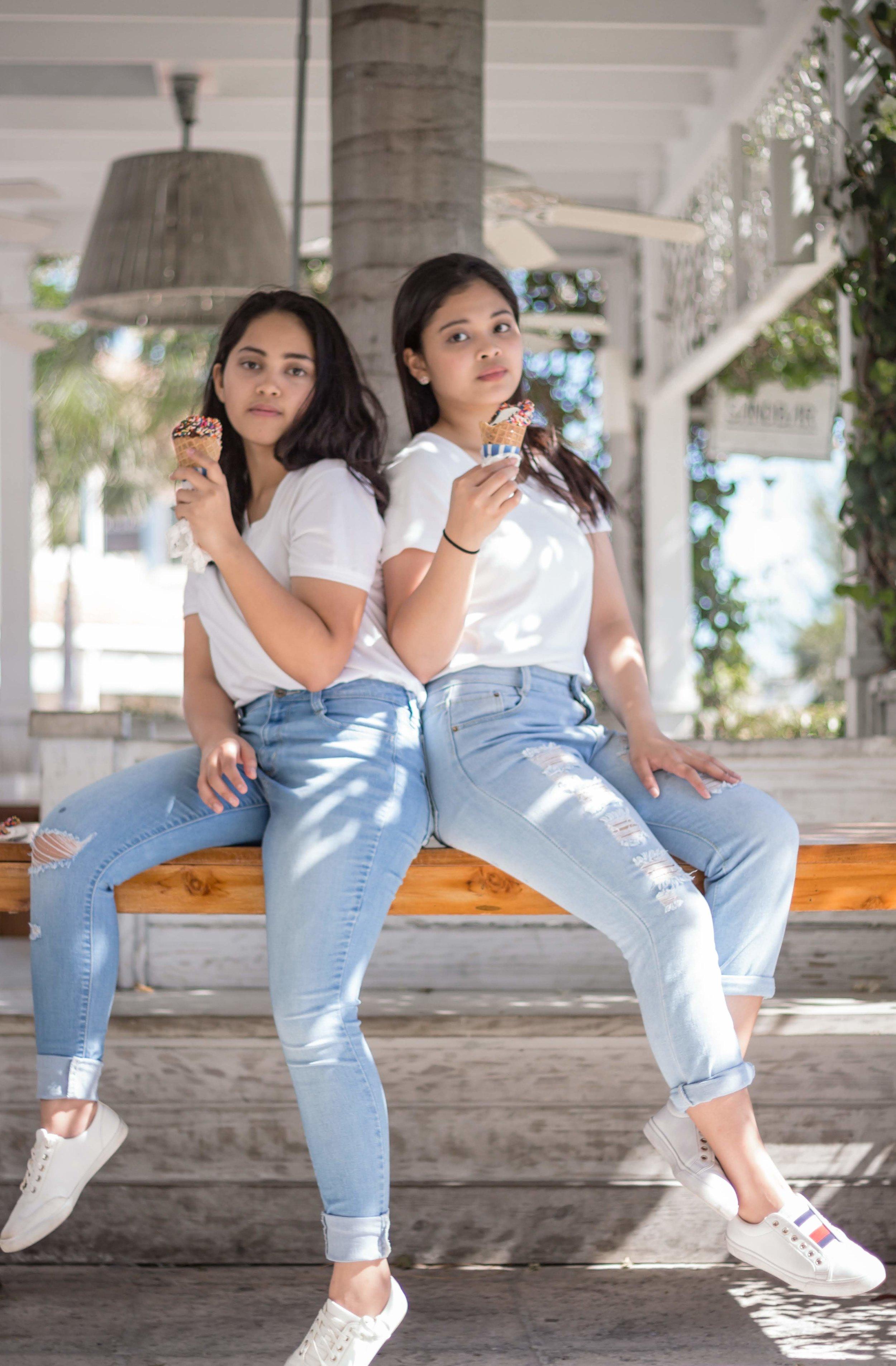 Sisters 2-25.jpg