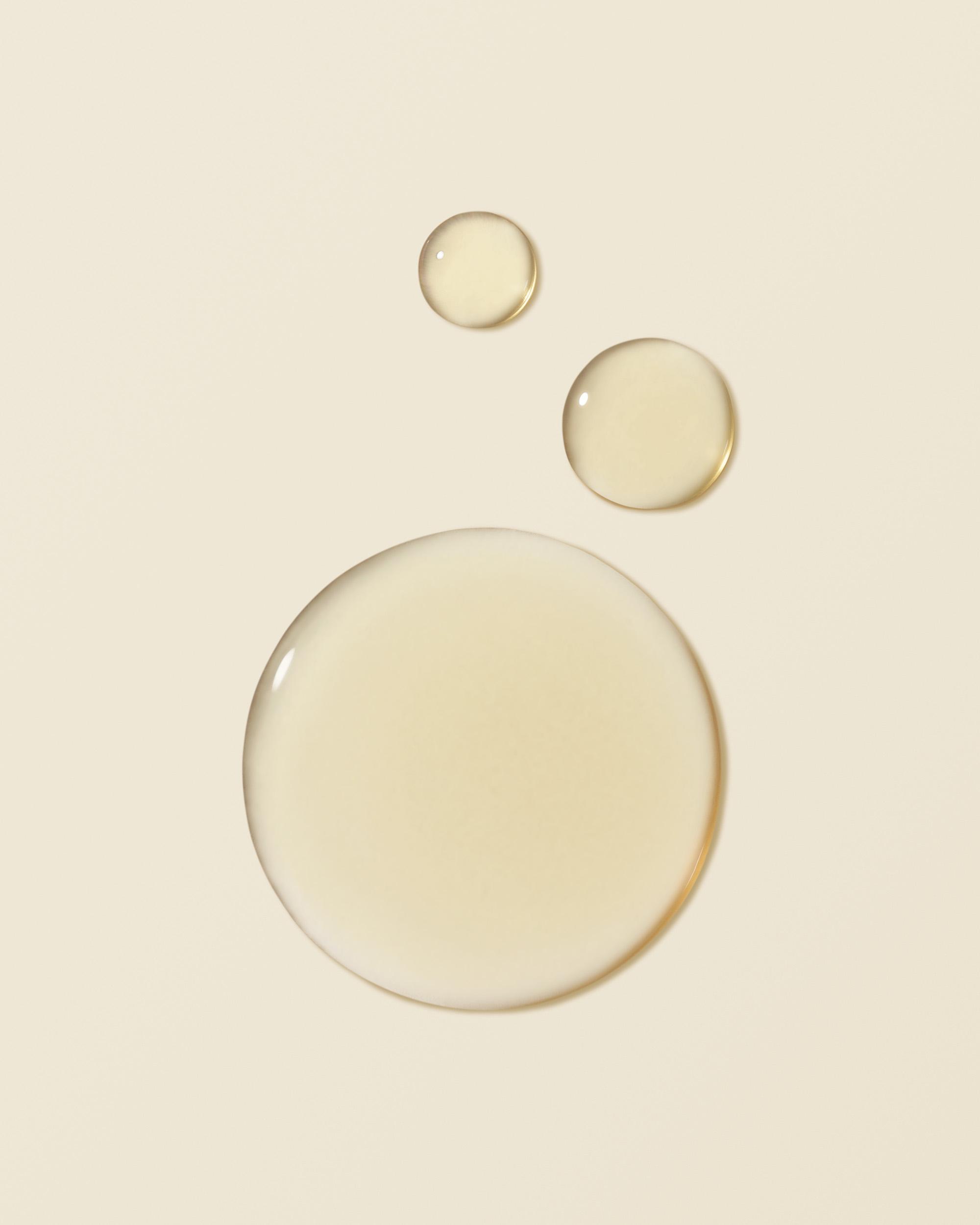 Essence-smudge-4x5.jpg