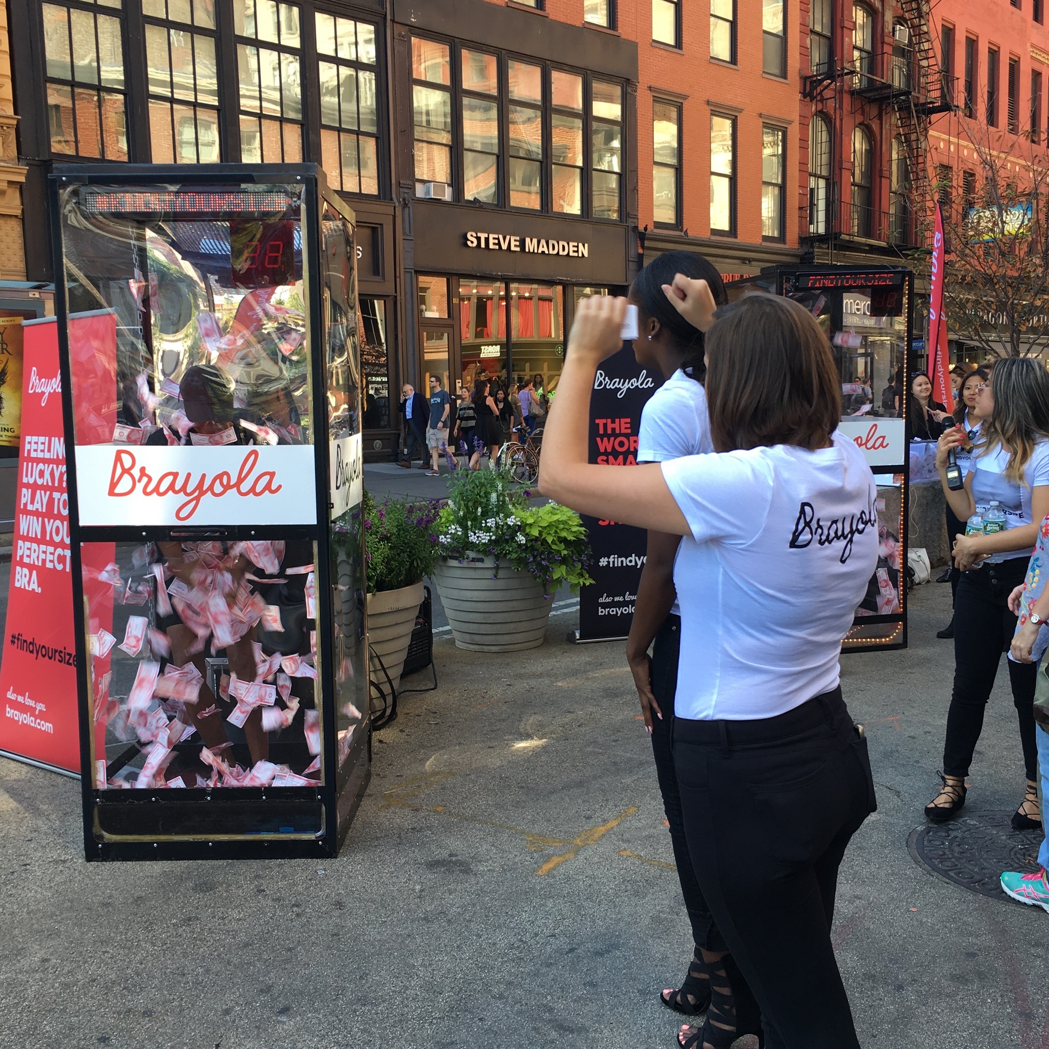 Preview Events - Brayola - cash machine activation - union square.jpg
