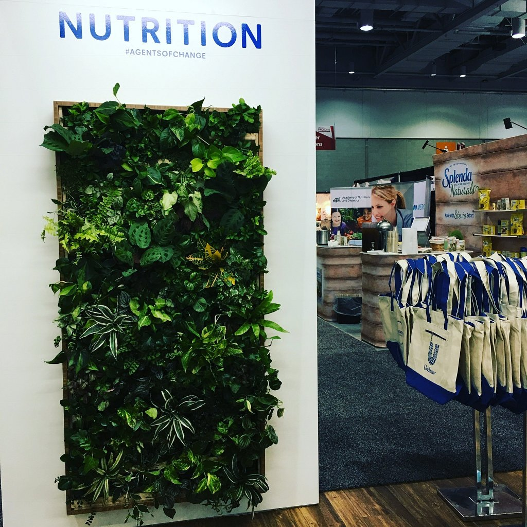 Preview Events - Unilever live plant wall.jpg