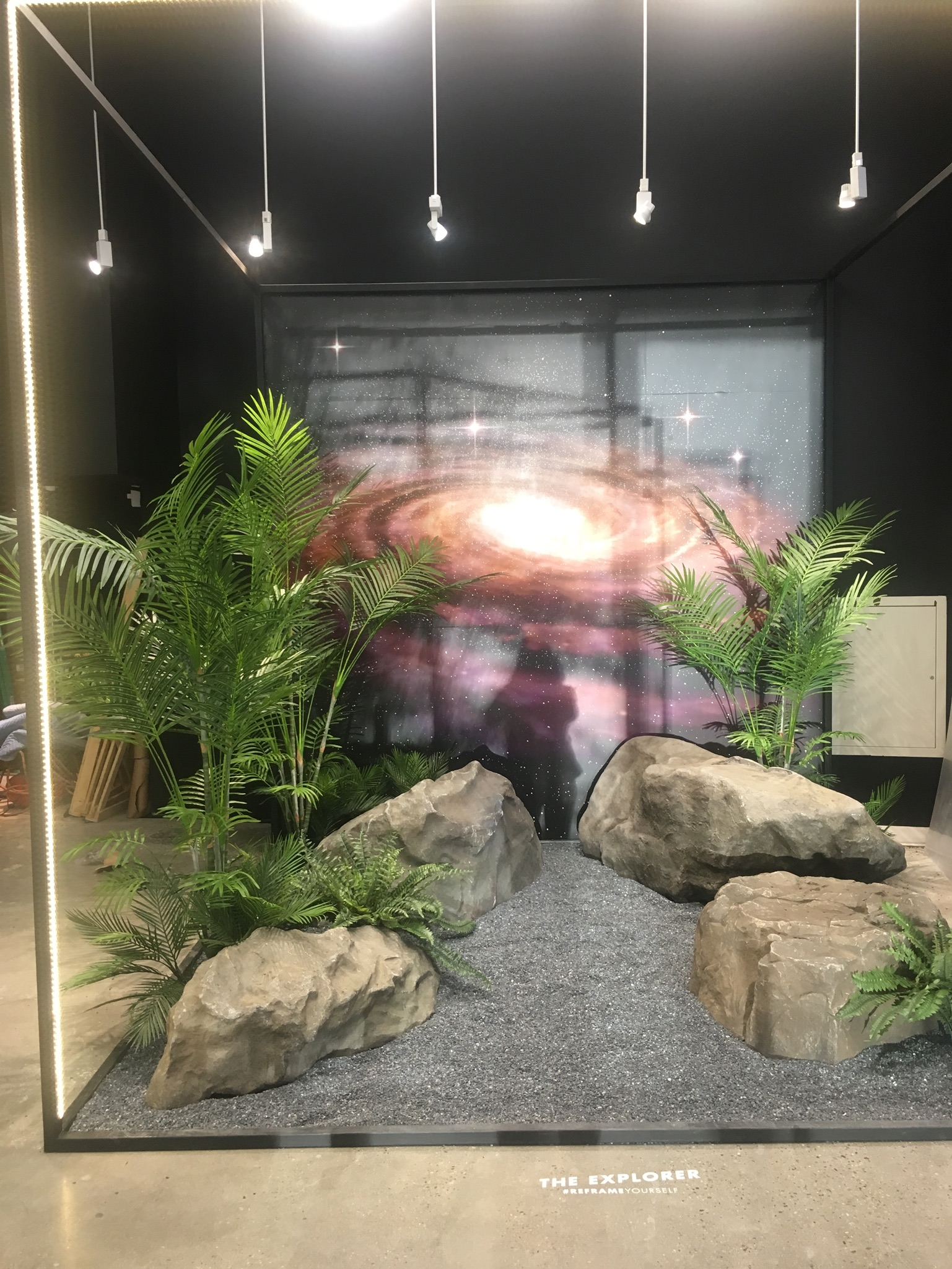 Preview Events - Prive Revaux - interactive activation.jpg