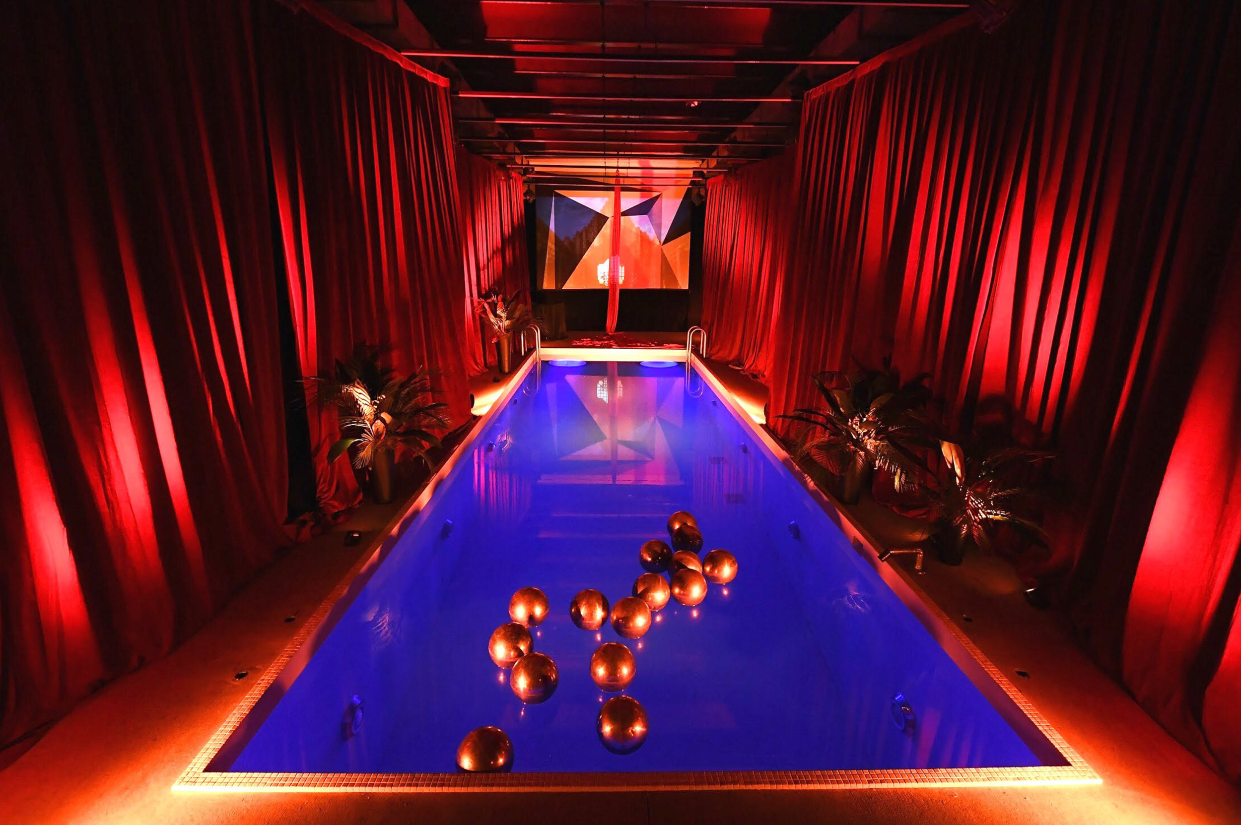 Preview Events - Little Cinema - I am the night - premier party - pool decor.jpg