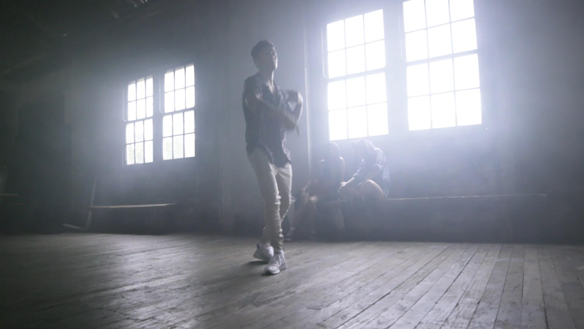 DAMI JESS TAI - MUSIC VIDEO_GU_V04240.jpg