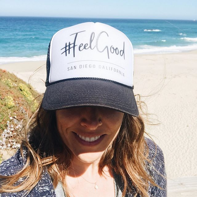 Who doesn't love a good trucker hat? Comment below to be notified when these are back in stock 🙋🏼‍♀️. . . . . . . . #accessories #feelgoodapparel #coastalliving #truckerhat #mermaid #beachlife #feelgoodsandiego #summerapparel #feelgoodlifestyle