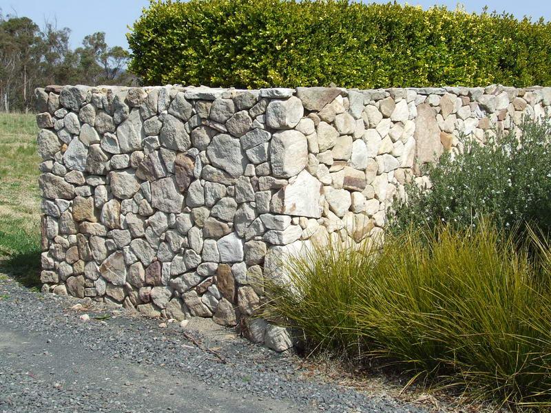 walls09.jpg