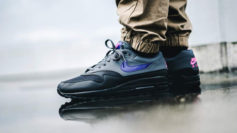 Nike-Air-Max-1-Black-Grey-Purple-Pink-AR1249-002-03.jpg