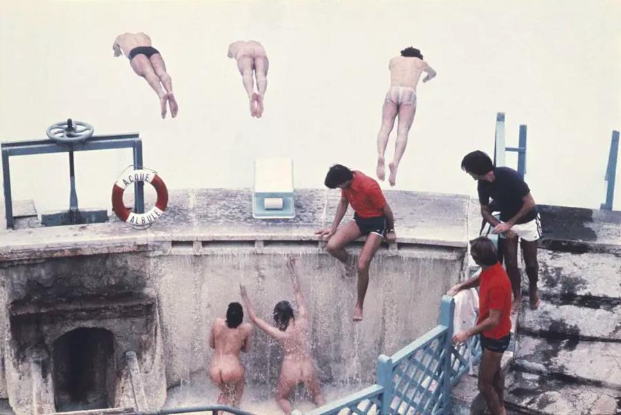 Jim Lee   Divers / Rome , 1976